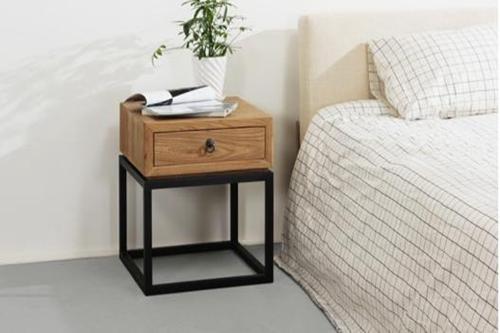 小户型床头柜
